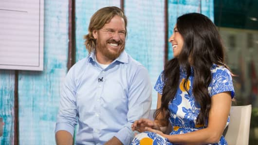 Chip and Joanna Gaines, hosts of HGTV's Fixer Upper.