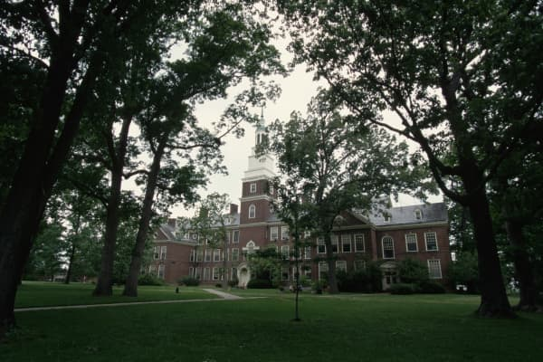 Draper Hall on the Berea College Campus