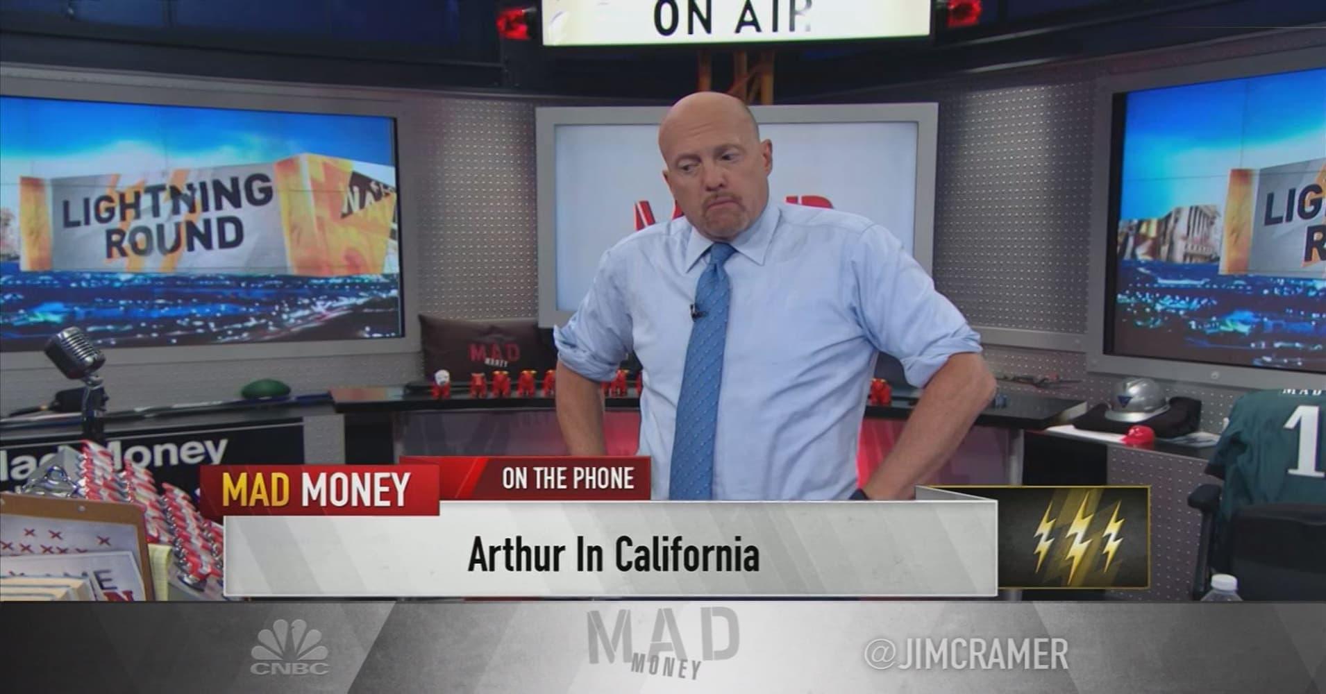 sc 1 st  CNBC.com & Crameru0027s lightning round: Hereu0027s where Qualcomm went wrong azcodes.com