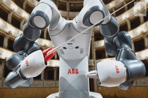 This is the world's first robot to conduct an orchestra