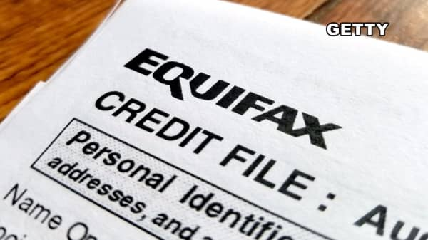 Equifax tumbles as FTC confirms investigation into breach