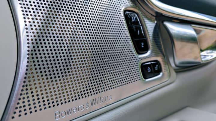 CNBC Tech: Volvo V90 10