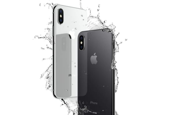 Handout: iPhone X Water