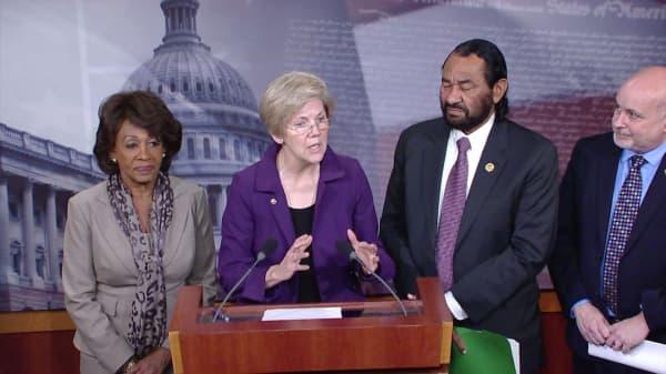 Senator Warren to investigate Equifax