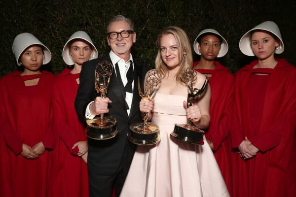 Elisabeth Moss (R), winner of the awards for Outstanding Drama Series and Outstanding Lead Actress in a Drama Series for 'The Handmaid's Tale' attends Hulu's 2017 Emmy After Party at Otium.