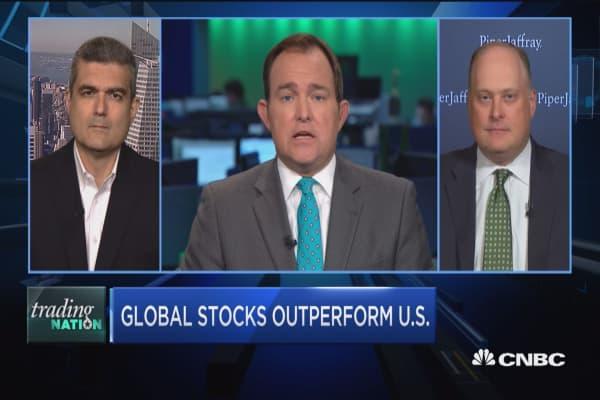 Trading Nation: Global stocks outperform US