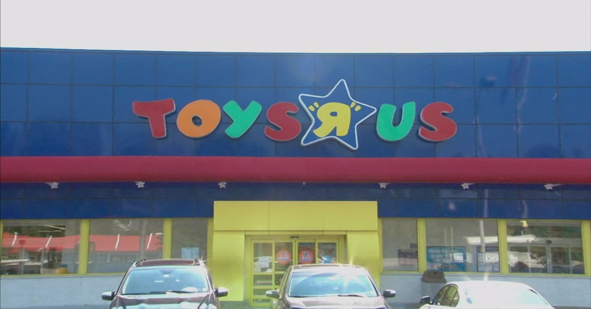 Toymakers shares rebound as toys r us files for bankruptcy heres what a toys r us bankruptcy means for toymakers buycottarizona Images