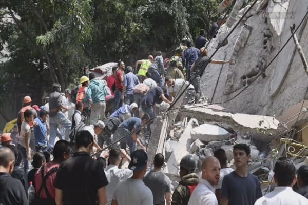 Southern Mexico hit by powerful 7.1 magnitude earthquake: USGS