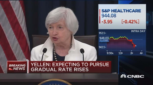 Yellen: Expect that ongoing strength of economy will warrant gradual rate rises