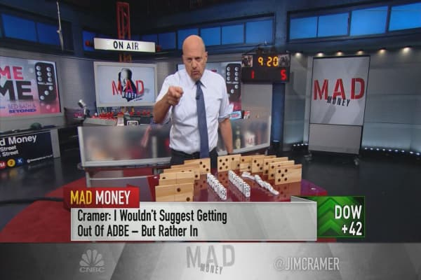 Cramer pinpoints 3 events that caused sectorwide domino effects