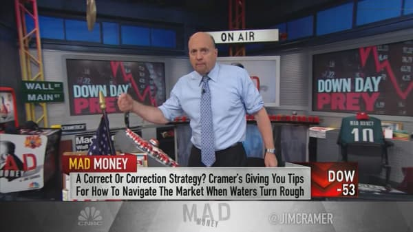 Cramer points to stocks that become money magnets during a correction