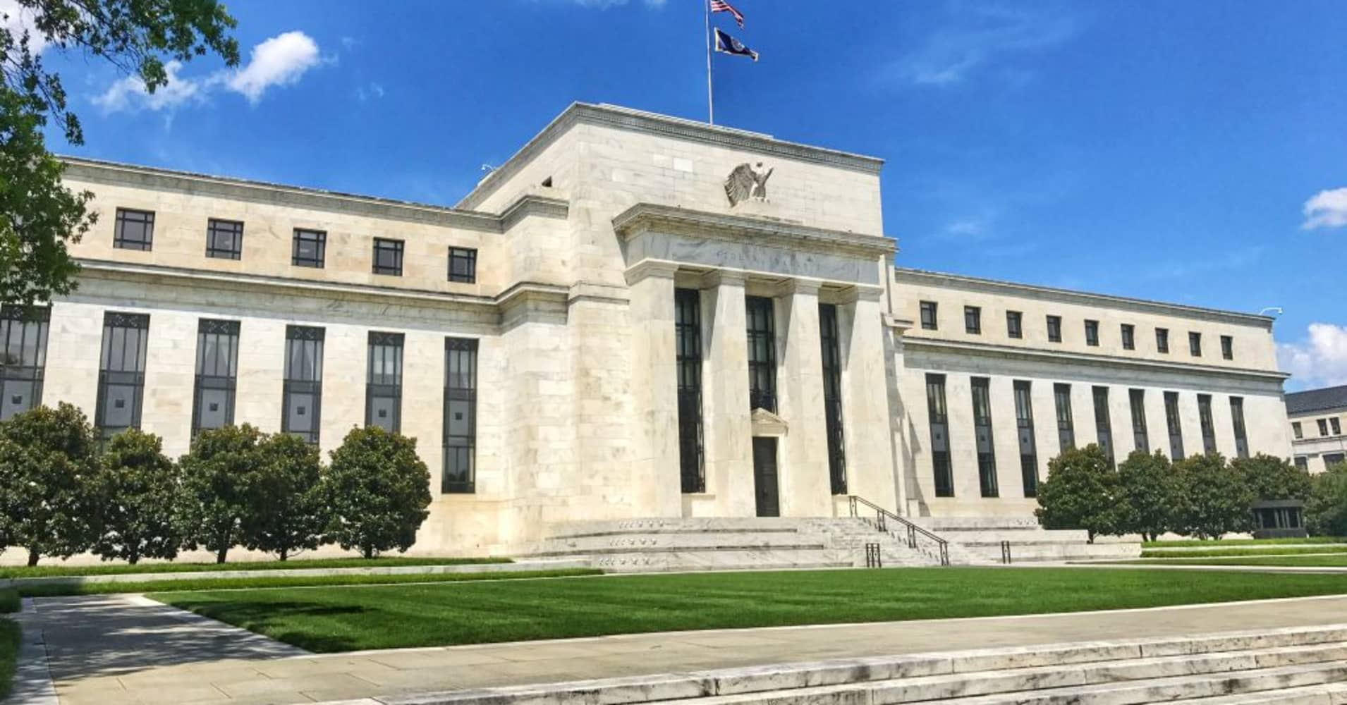 UBS becomes more bullish on US Fed rate path