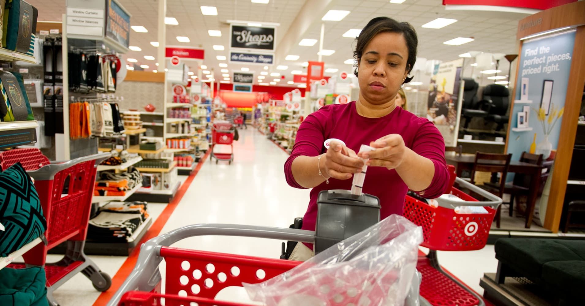 Target S 15 An Hour Move Blows Up Minimum Wage Myths