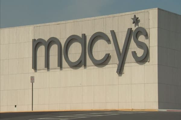 Macy's reinvents its loyalty program