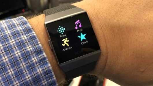 The first page of default apps on the Fitbit Ionic
