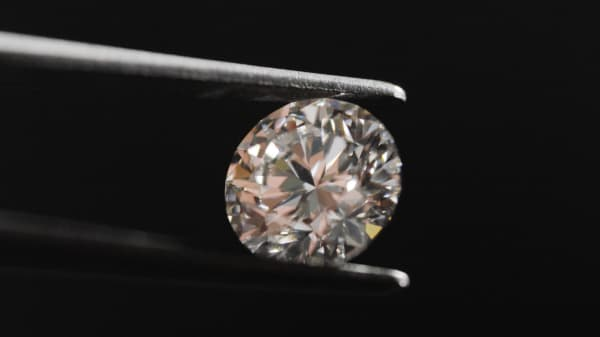 The diamonds made in the Diamond Foundry are molecularly identical to earth-mined diamonds.
