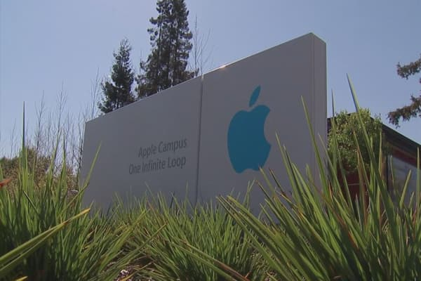 Apple receives record number of data requests from US govt