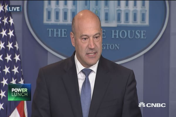 White House advisor Gary Cohn: Family earning about $100,000 can expect a tax cut of $1000