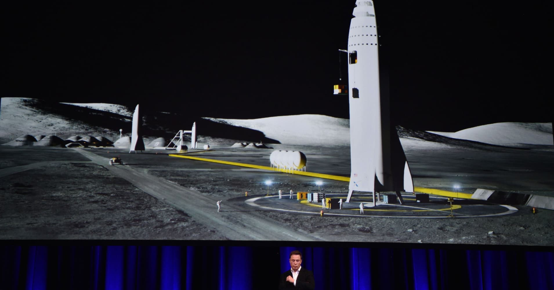 Elon Musk projects Mars spaceship will be ready for short trips by first half of 2019