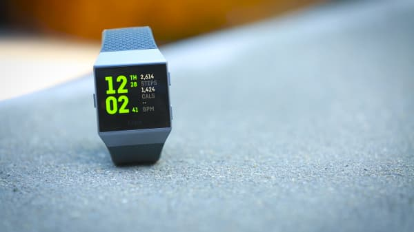 The Fitbit Ionic looks great and is comfortable to wear