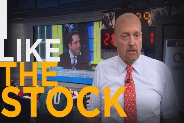 Cramer Remix: Forget millennial cord-cutters, this entertainment stock wins long term