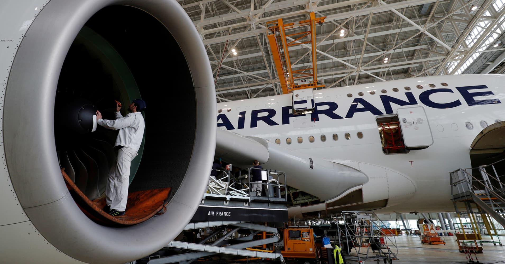 Airbus to take majority stake in Bombardier C-Series jet program
