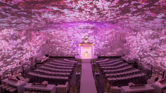 Image Mapping Technology at the Temple House courtesy of The Knot