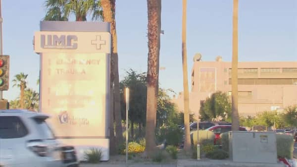 Vegas hospitals dealing with the flood of hundreds of mass shooting victims