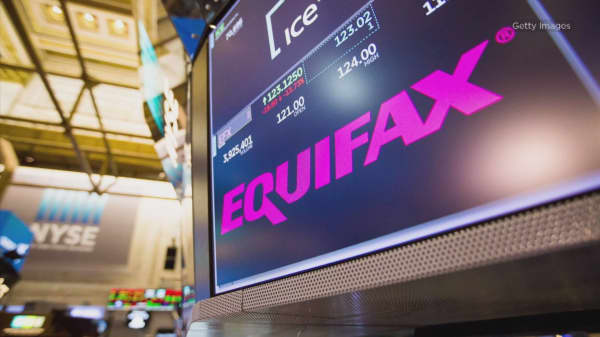Equifax's then-CEO waited three weeks to inform board of massive data breach