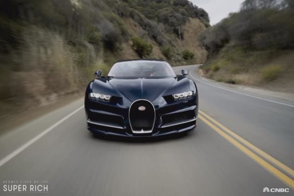 CNBC's Robert Frank drives the Bugatti Chiron