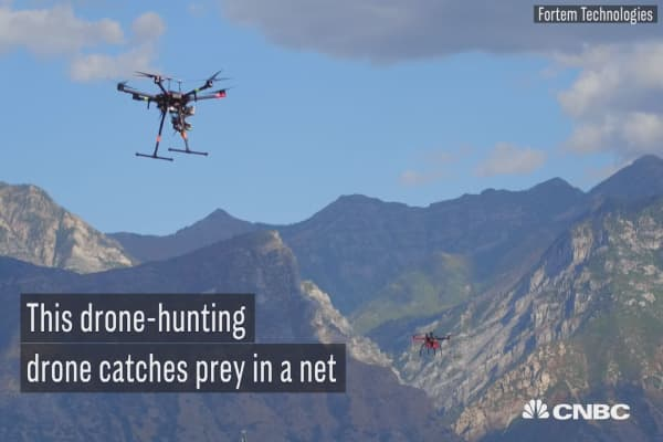 Watch this drone attack and capture rogue drones