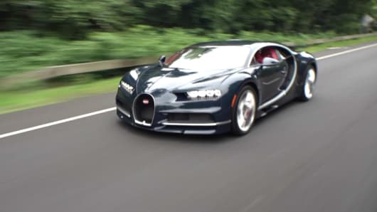 Robert Frank test drives a Bugatti Chiron.