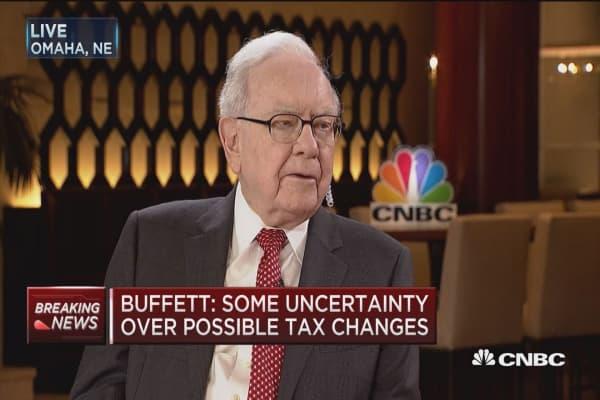 Warren Buffett: Think GOP will pass 'tax cut' act this year