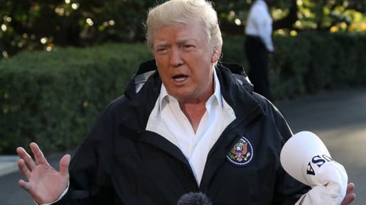 Trump Praises 'Indescribable' Police, Medical Response to Las Vegas Shootings