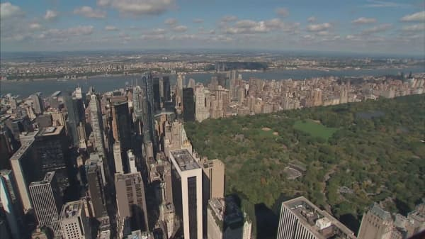Manhattan apartment sales highest in two years
