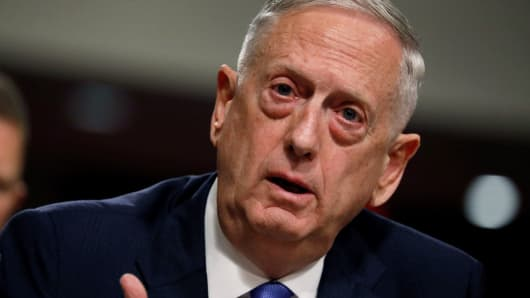 Mattis says we expect a larger USA civilian presence in Syria