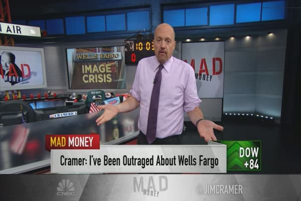 Cramer: My biggest problem with Wells Fargo's congressional hearing