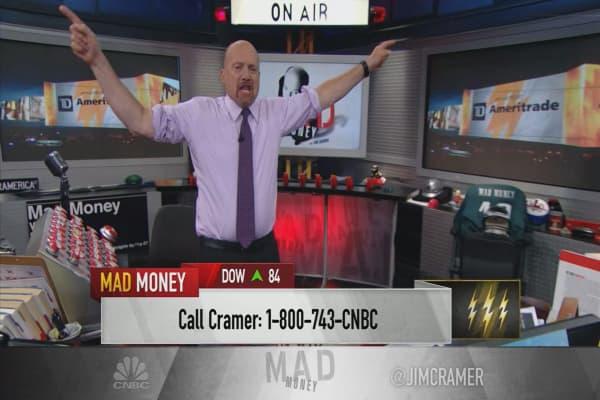 Cramer's lightning round: Promotional activity works for Oshkosh Corp