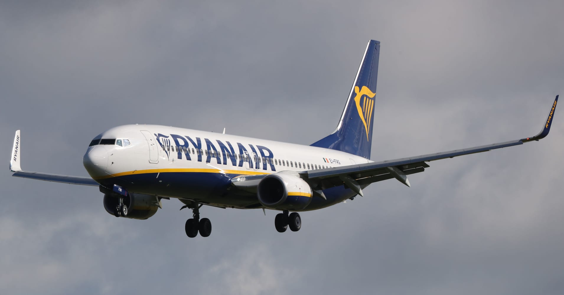 Ryanair predicts a 'grim' winter after summer profits fall 7%