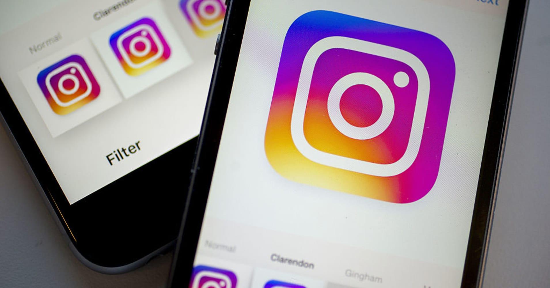 Instagram users are promoting economic policy for pay