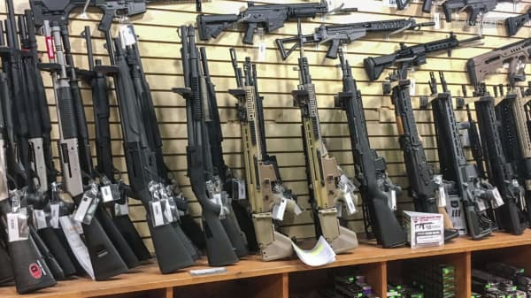 After Las Vegas mass shooting, 'bump stock' is hot at gun stores