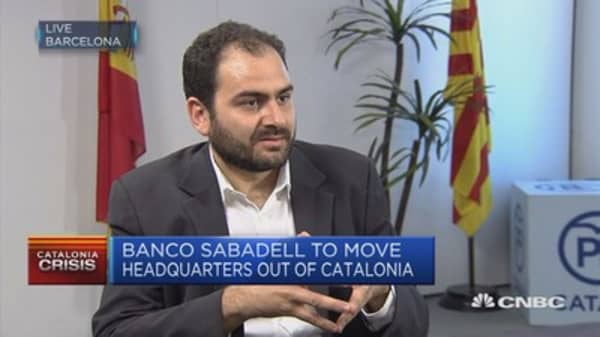 Catalan separatists playing political blackmail: Lawmaker