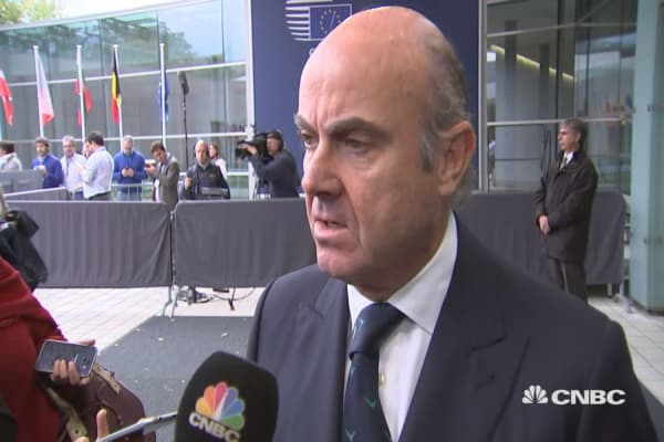 Catalan independence 'illegal' and irrational,' Spanish economy minister says