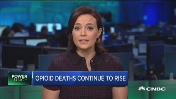 Mounting opioid deaths cause NH pathologist to quit