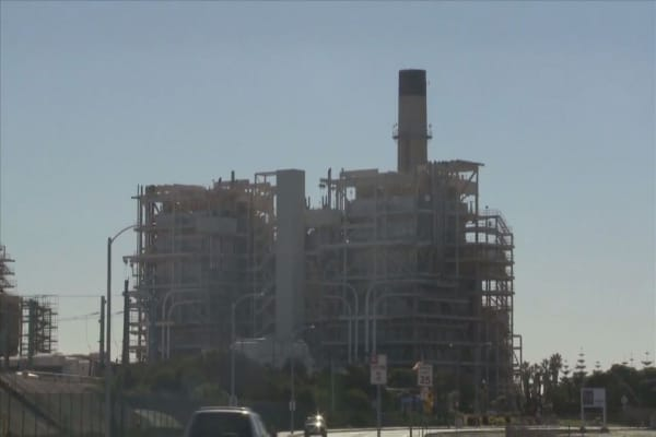 Trump EPA will start rolling back Clean Power Plan