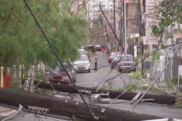 Solar competitors band together to help bring electricity to Puerto Rico