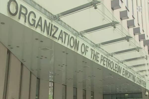 OPEC urges US to cut shale production