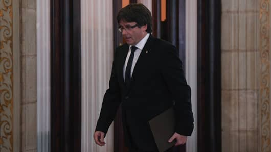 Puigdemont skips court appearance, but will cooperate with authorities - lawyer