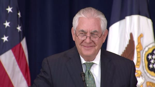 Trump suggests he'd beat Tillerson in an IQ test