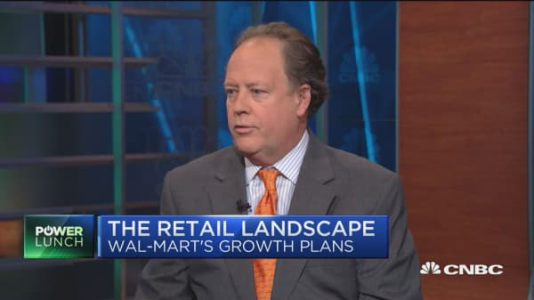 Moody's Charlie O'Shea: Wal-Mart one of the top retail performers for fixed income